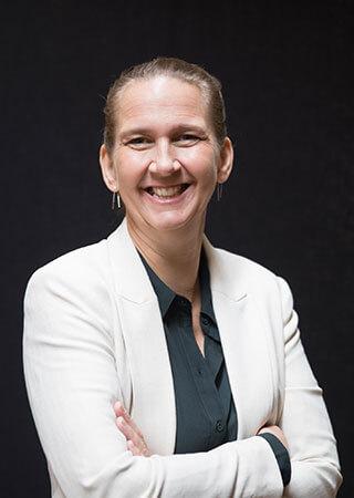 Janine van der Tuin
